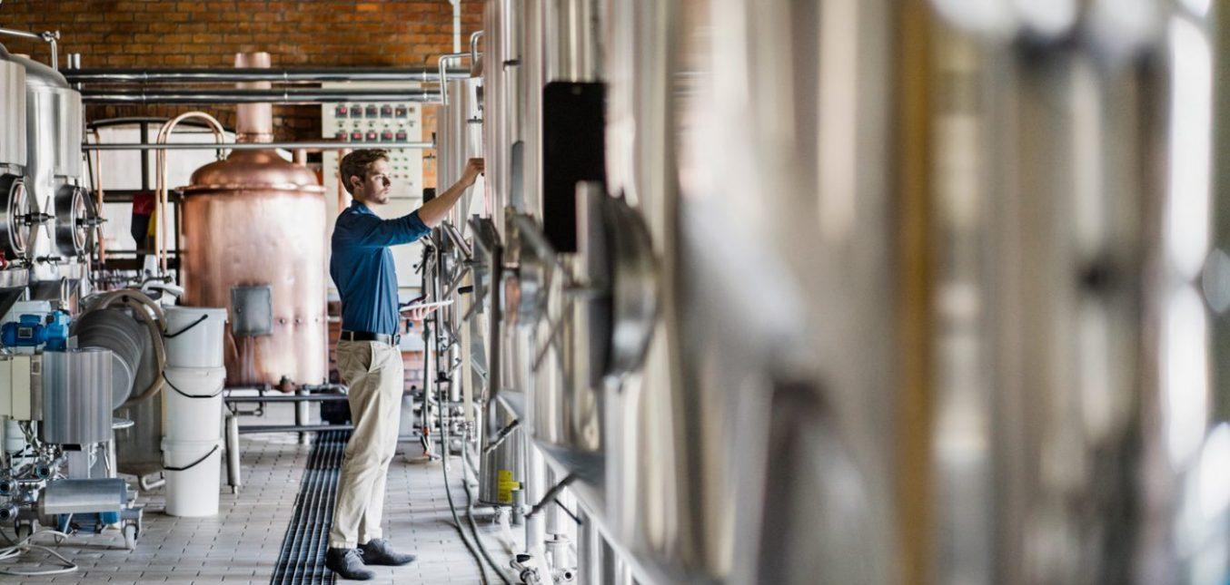 I regolatori della pressione del gas Maxitrol utilizzati nel processo di produzione artigianale della birra